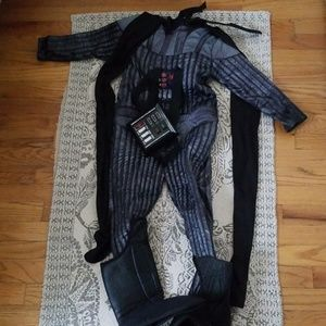 Darth Vader Halloween suit with cape, sz small